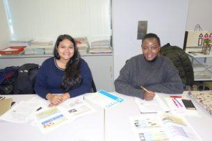 バングラデッシュ左とケニア右からの留学生